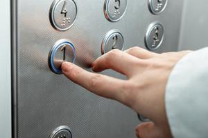 ascenseurs à Paris